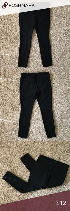 GAP Factory Ultra Skinny Black Pants Good condition, no major flaws, holes, stains - just some light wear/creasing as shown on the bottom area and the material does tend to attract lint. Double hook and bar closure with button and zip fly. Pockets open in both front and back. Very slim and fitted in the leg area per the name! Nice business casual pants. The waist is just a bit too big for me. 95% cotton, 5% spandex. Open to offers and can model/measure on request. GAP Pants Skinny