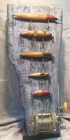 Bass Fishing Lures, Fishing Reels, Fishing Tackle, Fishing Rod, Fishing Games, Fishing Knots, Fishing Stuff, Crappie Fishing, Fishing Crafts