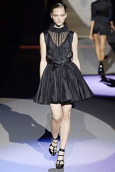 Zac Posen Spring 2007 Ready-to-Wear Fashion Show - Karen Elson