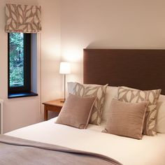 Cover difficult sized Bedroom Windows with Blinds. Made to Measure www.makeablind.co.uk