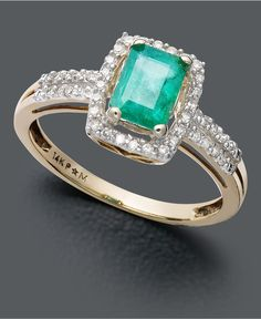 Emerald Ring. Love the color green of this one.