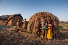 Sólo el 12% de los niños pigmeos acude a la escuela. La extrema pobreza de las…