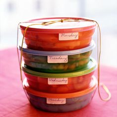 Find out why this healthy blogger hates meal prepping and how she nutritious and clean.