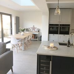 What Does Kitchen Diner Extension Open Plan Dining Tables Mean? Orangery Extension Kitchen, Kitchen Diner Extension, Kitchen Family Rooms, Living Room Kitchen, New Kitchen, Open Plan Kitchen Dining Living, Open Plan Kitchen Diner, Narrow Kitchen, Kitchen Interior