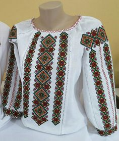 Palestinian Embroidery, Cross Stitch Needles, Caftan Dress, Modest Outfits, Clothing Patterns, Sewing, Womens Fashion, Clothes, Veronica