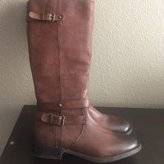 Riding boots New Riding Boots, pebble grain leather with zipper and burnt toe. Arturo Chiang Shoes Combat & Moto Boots