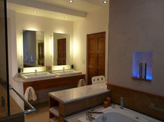 Master Bath - contemporary - bathroom - houston - Scott Haig, CKD