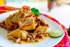 Thai Style Fried Beancurd Tofu Recipes, Spicy Recipes, Clean Eating Desserts, Healthy Eating, Huang Kitchen, Tofu Dishes, Healthy Snacks For Kids, Healthy Breakfasts, Vegetable Dishes