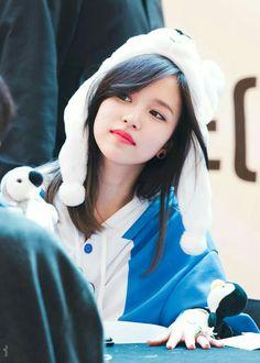 Twice Kpop Girl Groups, Korean Girl Groups, Kpop Girls, San Antonio, Nayeon, Extended Play, Sana Momo, Twice Kpop, Myoui Mina