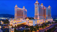 Macau is one of most famous casinos in the world; it is also famous for its night life, shopping malls and local cuisine. Simultaneously, Macau becomes a hit destination place for honeymooners as there are a lot of romantic restaurants, sceneries and historical sites.
