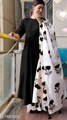 Bollywood Designer Kurta Palazzo Dupatta Set from Pooja's Fashion Closet Simple Kurti Designs, Kurta Designs Women, Stylish Dress Designs, Designs For Dresses, Stylish Dresses, New Kurti Designs, Blouse Designs, Indian Gowns Dresses, Indian Fashion Dresses