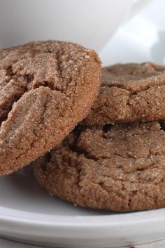 Gluten-Free Soft Molasses Cookies made with baking mix Chewy, or crisp? Take your pick with this versatile recipe. - Gluten-Free Soft Molasses Cookies made with baking mix Recipe Gluten Free Deserts, Gluten Free Sweets, Foods With Gluten, Gluten Free Cookies, Dairy Free Recipes, Gluten Free Baking Mix, Gluten Free Bisquick Mix Recipe, Gluten Free Molasses Cookie Recipe, Gluten Free Christmas Cookies