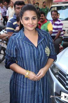 Vidya Balan Actress Photos Stills Gallery Beautiful Bollywood Actress, Most Beautiful Indian Actress, Beautiful Actresses, Bollywood Girls, Bollywood Fashion, Kurta Patterns, Bollywood Pictures, Vidya Balan, South Actress