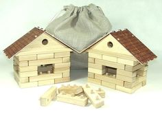 Stavebnice 2 domečky ze dřeva