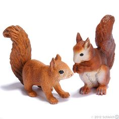Squirrels from Schleich Best Friend Drawings, Plastic Animals, Shopping Spree, Zoo Animals, Animal Shelter, Camilla, Dungeons And Dragons, Pet Toys, Squirrel