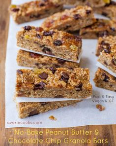 Peanut Butter Chocolate Chip Granola Bars (no-bake, vegan, GF) - Like Quaker Chewy Granola Bars, but homemade always tastes better. Think of all the $ you'll save being able to make your own! Fast, easy recipe at averiecooks.com