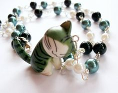 Kawaii Cat Necklace Beaded Kitty by KitschBitchJewellery on Etsy