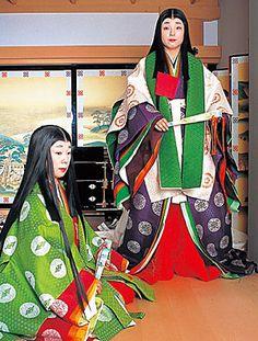junihitoe kimono Traditional Fashion, Traditional Art, Traditional Outfits, Japanese Outfits, Japanese Fashion, Japanese Clothing, Heian Era, Heian Period, Authentic Costumes