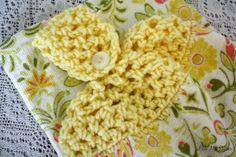 Little Miss Stitcher: Textured Towel Topper