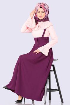 Culture Clothing, Hijab Dress, Blouse And Skirt, The Dress, Hijab Fashion, Fashion Models, Satin, My Favorite Things, Skirts