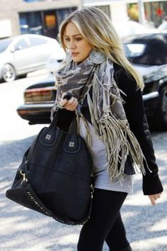 I love how a scarf and bag puts instant glam into a casual outfit.