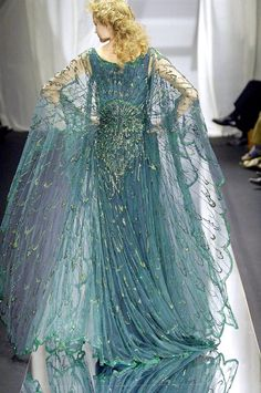 """empireofstorms: """"seaweedandcinder: """"notordinaryfashion: """"Zuhair Murad """" lol is this aelin? """" isnt this the dress that was on the back cover of Heir of Fire? """""""