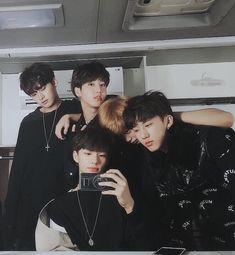 Stray Kids Minho, Jisung, Felix, Changbin and Hyunjin