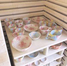Ceramic Clay, Ceramic Pottery, Pottery Art, Pottery Painting, Ceramic Painting, Keramik Design, Clay Art Projects, Cute Clay, Dry Clay
