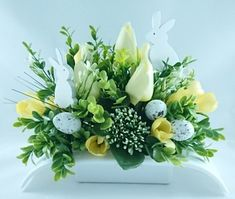 Cemetery Flowers, Centerpieces, Table Decorations, Flower Boxes, Funeral, Flower Arrangements, Garden, Diy, Home Decor