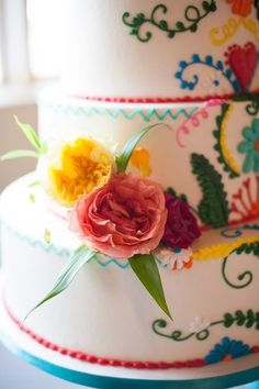 colorful fiesta wedding - photo by Ely Fair Photography http://ruffledblog.com/colorful-fiesta-wedding