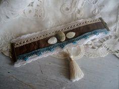 Bracelet  manchette Bohème, style Gipsy.. -création unique de la boutique FrenchTouchSoChic sur Etsy