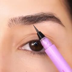 Beauty Makeup Tips Eyebrows Beauty Make Up Tipps Augenbrauen Beautytipsmorning Nightbeautytips Beauty Makeup Tips Eyebrows For Eyes Beauty Tips Beauty Tips Korean Beauty Tips Healthy - Besondere Tag Ideen Eyebrow Makeup Tips, Makeup Hacks, Skin Makeup, Makeup Inspo, Eyeshadow Makeup, Makeup Art, Makeup Inspiration, Doll Eye Makeup, Golden Eyeshadow