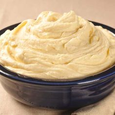 Carnation Mashed Potatoes | Meals.com -  Carnation Mashed Potatoes are the must-have side dish everyone will be raving about. The key ingredient is evaporated milk and the dish is ready in less than 30 minutes! #thanksgiving #potatoes