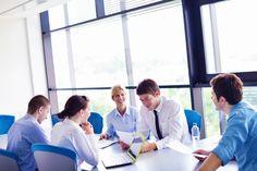 Das Arbeitsumfeld kann der Grund für Unzufriedenheit und Frustration sein. Aber es kann auch die Arbeitsatmosphäre und sogar Produktivität fördern....