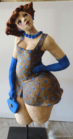 a beautiful didierlaurentveronique creation Priscilla Mae et al Paper Mache Sculpture, Sculptures Céramiques, Pottery Sculpture, Sculpture Art, Sculpture Ideas, Ceramic Clay, Ceramic Pottery, Plus Size Art, Fat Art