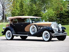1935 Duesenberg SJ 562 Dual Cowl Phaeton - (Duesenberg Automobile & Motors Company, Inc. Retro Cars, Vintage Cars, Antique Cars, Vintage Diy, Vintage Designs, Duesenberg Car, Old Classic Cars, Classic Motors, Amazing Cars
