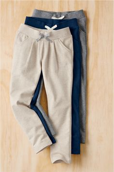 Cozy Tapered Pants In French Terry Outfits For Teens, Girl Outfits, Fashion Outfits, Sport Fashion, Mens Fashion, Pants For Women, T Shirts For Women, Clothing Photography, Mens Clothing Styles