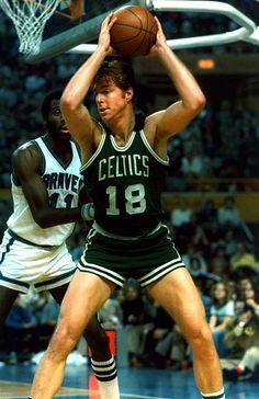 boston celtics - 4 Stars & Up Nba Basketball Teams, Basketball Photos, Basketball Legends, Dave Cowens, Kentucky Colonel, Celtic Pride, Boston Sports, Nba Stars, Basketball Association
