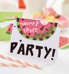 Cosmic Strawberry: Watermelon Party Set Part 1 - Crafts Beautiful Silhouette Curio, Crafts Beautiful, Cool Cards, Cosmic, Simple Designs, Watermelon, Craft Projects, Paper Crafts, Sweet