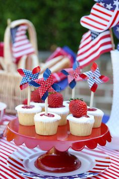 Red, White  Blue Memorial Day Tablescape