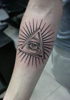 Black and gray tattoo. Artist @janissvars  #tattoo #blackandgray #blackngray #tattoo #thinlines