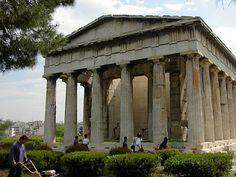 Templo de Hefésto de 449 a.C. em estilo dórico.