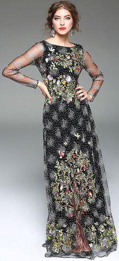 Fashion Embroidery O-Neck Long Sleeve Floral Print A-Line Maxi Dress