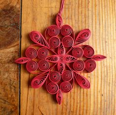 #folksy Eco-friendly red quilled snowflake £3.00