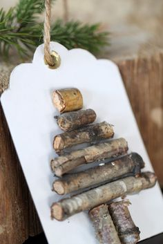 "This Xmas tag ""wood"" be cute!"