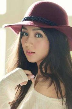 throwback // beautiful as always, kathryn bernardo❤ Filipina Girls, Filipina Actress, Filipina Beauty, Philippines, Kathryn Bernardo, Asian Woman, Asian Beauty, My Idol, Makeup Looks