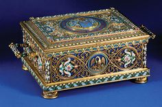 Durnovo casket, Firm of Ovchinnikov, Russia, 1889, silver gilt, enamel and lapis lazuli.