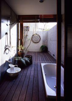 井上洋介建築研究所 の モダンスタイルの お風呂 世田谷・桜の住宅