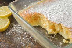 Δεν είναι κέικ, δεν είναι πουτίγκα, είναι κάτι από τα δύο Lemon Pudding Cake, Greek Sweets, Yummy Cakes, Cornbread, Macaroni And Cheese, Cream, Cooking, Ethnic Recipes, Desserts