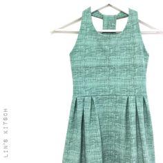1 vind-ik-leuks, 1 reacties - Lin's kitsch (@linskitsch) op Instagram: '#madeathome #sewing #sewingforgirls #solisdress #sofilantjes #size9 #stoffenspektakel #linskitsch'